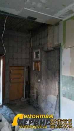 Демонтаж плитки цена от 20 грн/м2 в  Одессе  со стен